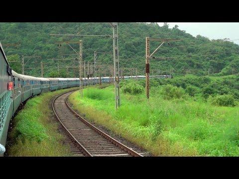 Monsoon Delight - Dadar to Lonavala Journey onboard Mumbai Cst Bangalore Udyan Express