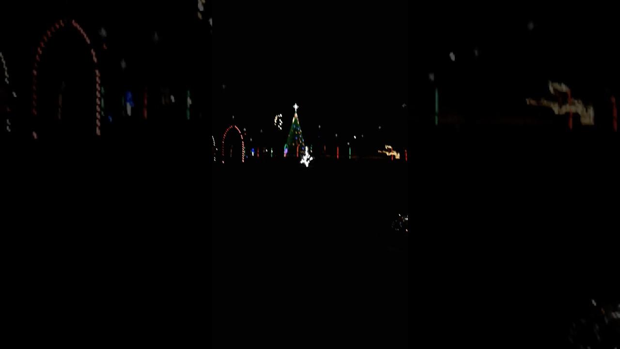 Gulfport Christmas lights - YouTube