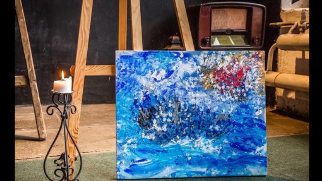 女画家用身体画画,到底是庸俗炒作,还是艺术自由?