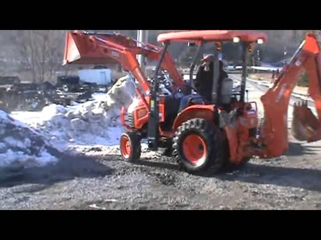 Kubota B26 Backhoe Loader Tractor | Kubota Backhoe Loader