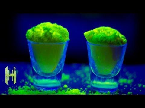 Amazing Glow Powder - Fluorescein