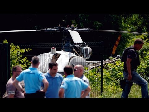 Notorious French gangster escapes prison by helicopter