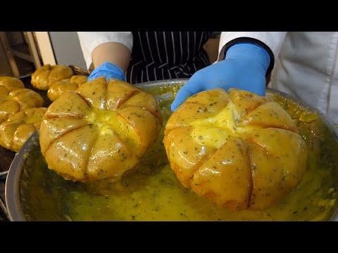 크림 치즈 팔쪽마늘빵 / cream cheese garlic bread - korean street food