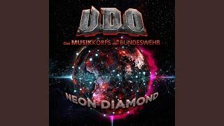 Play Neon Diamond