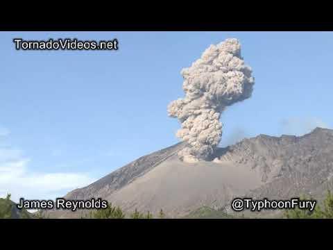 آتش فشاں کسے کہتے ہیں What Is A Volcano In Urdu Youtube