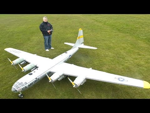 Top 10 Biggest / Largest RC Airplanes In The World [VIDEOS]