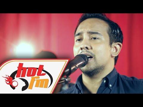 TENGKU ADIL - MASIH BERDIRI (LIVE) - Akustik Hot - #HotTV Mp3