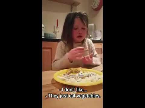 Cette petite fille ne veut  pas que les personnes animales soient coupées en pièces !