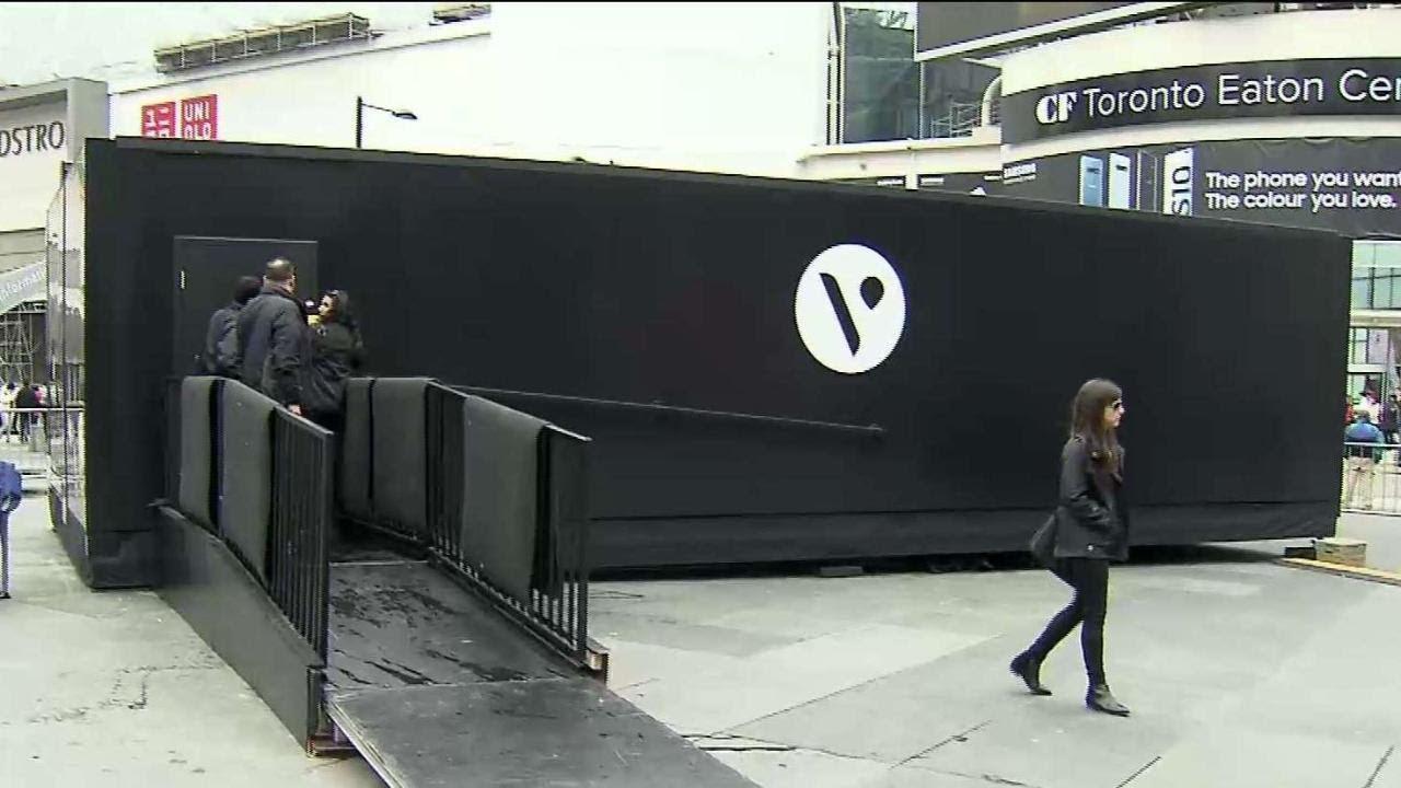 Health Canada shuts down Vape pop-up installation