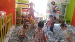 День народження. Танці для дітей.