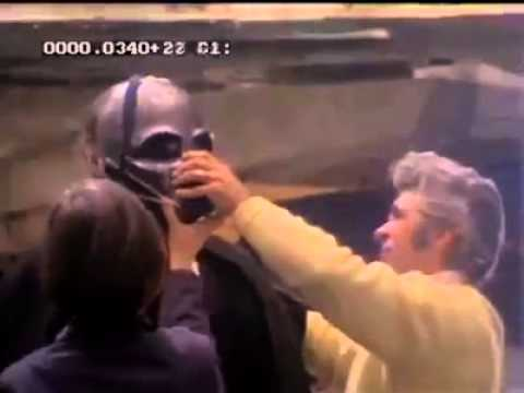 David Prowse Suiting Up - A New Hope