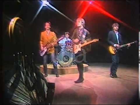 roadrunners-umbrella-1986-mwarf69