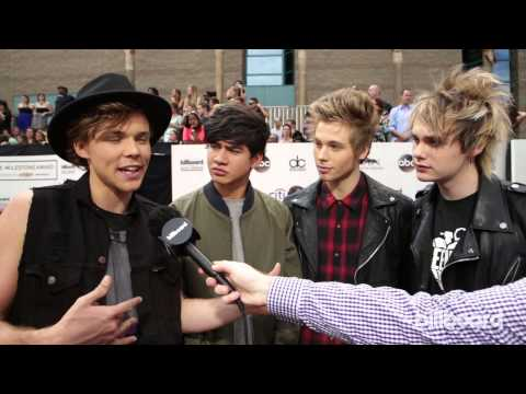 5 Seconds Of Summer: Billboard Music Awards Red Carpet 2014 Mp3