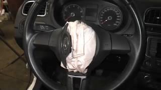 VW Polo Sedan - Как снять подушку безопасности водителя