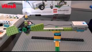 Lego WeDo 2.0 Airplane El avión de VIKTOR