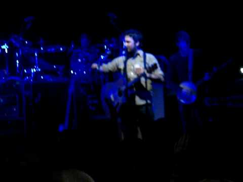 Isaac Brock calling out a fan live @ The Uptown Theatre