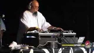 DJ Rhettmatic - DJ Session (Live At Scribble Jam - 8/10/07)