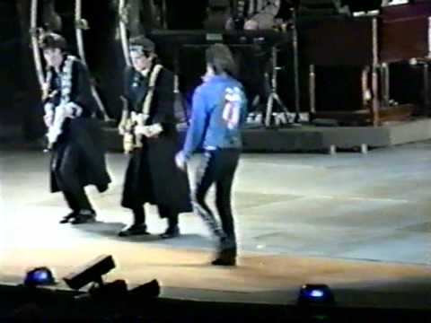 THE ROLLING STONES - START ME UP & BITCH @ FOXBORO STADIUM 10-03-89