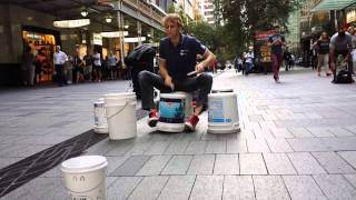 Bucket Groove - Gordo Bucket Drumming