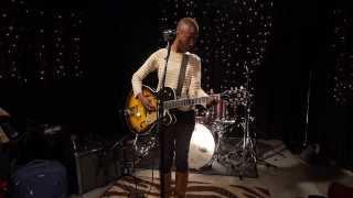 Rokia Traoré - Kèlè Mandi Live on KEXP