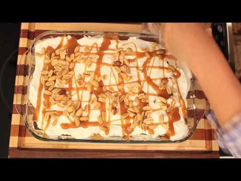 Ice Cream Sandwich Sundae Cake // One Pan Nan