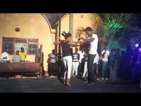 ART SOCIETY DANCERS UGANDA  AT IUEA PART 2 (DOCH MUSIC) INDIAN MOVES