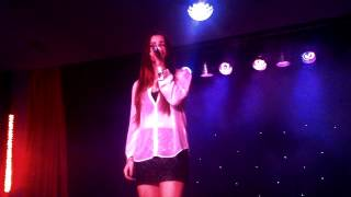 Lucie Jones - Whitney Houston I Will Always Love You - Cleethorpes Haven 23/08/2013