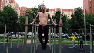 1. Уличная тренировка от Питерского Дрища.