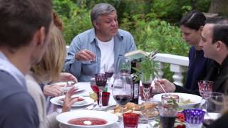 Алёна Долецкая «Воскресные обеды». Буктрейлер.