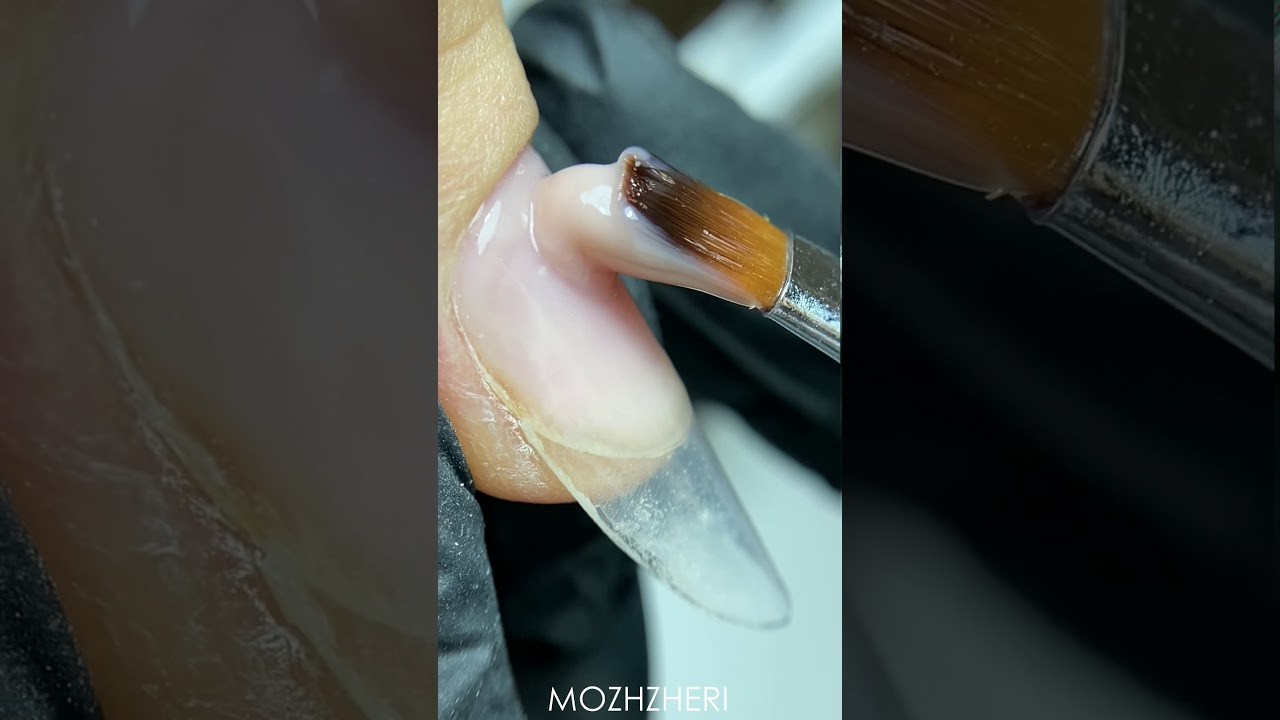Famous almond form by MOZHZHERI, using hard gel and forms for nail extensions