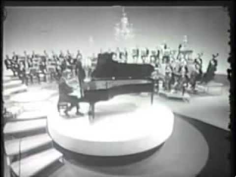 "George Gershwin - ""Liberace"" - LIVE!"