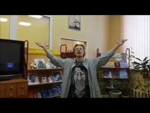 Изображение предпросмотра прочтения – АлексейОкунев читает отрывок изпроизведения «Облако в штанах» В.В.Маяковского