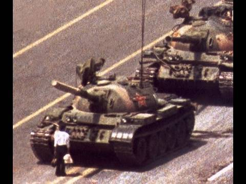 Tiananmen Massacre - Tank Man: The 1989 Chinese Student Democracy Movement