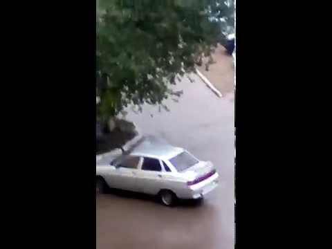 Сильный дождь в Белебее