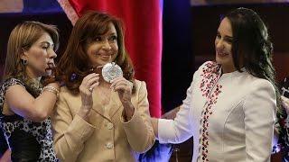 Discurso completo de Cristina Kirchner ante la Asamblea Nacional de Ecuador.