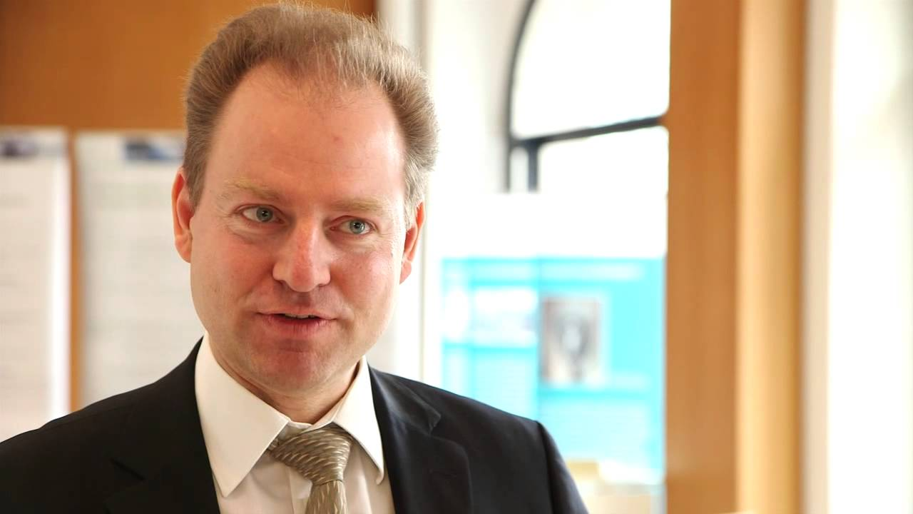 Dr Eberhard Lübeck