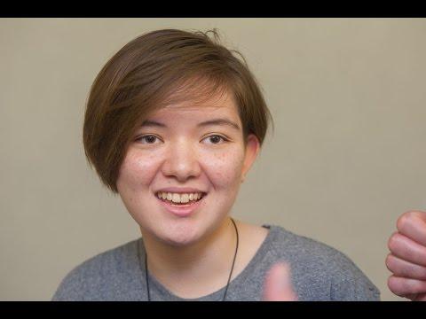 Diana, la joven de Kazajistán que volvió a caminar tras dos años en silla de ruedas