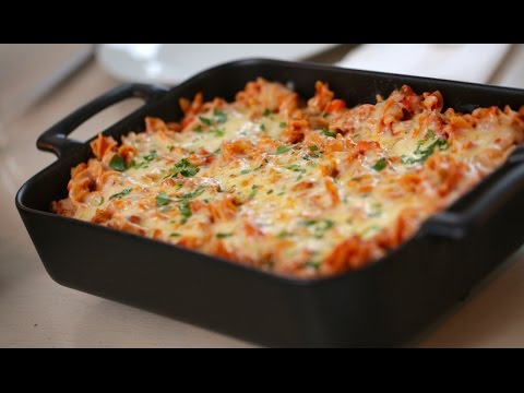 Beths Cheesy Pizza Pasta Bake Recipe