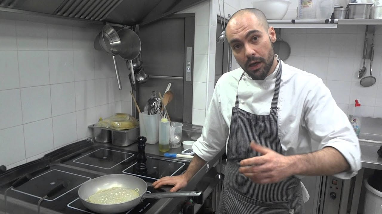 Spaghetti cacio e pepe: ricetta romana pasta cacio e pepe …