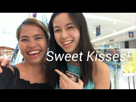 I Bumped Into This Girl at the MALL! (Kisses Delavin SUPER SWEET!)