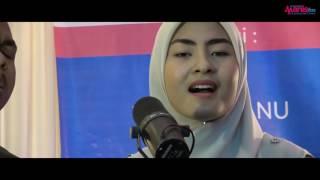 Download Video Di Sana Cinta, Di Sini Rindu - Wany Hasrita & Tajul dalam Akustika Manis MP3 3GP MP4