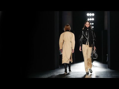 Christopher Kane | Fall Winter 2018/2019 Full Fashion Show | Exclusive