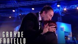 Grande Fratello - Simone e Stefania Pezzopane: l'amore trionfa!