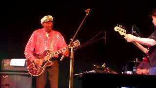 Chuck Berry - Johnny B. Goode (Live in Moscow, Arena Moscow, 24.02.2013)