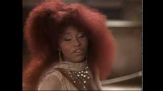 Смотреть клип Chaka Khan - Through The Fire