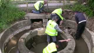 COTSWOLD CANALS - restoration - Canal Volunteers at Work