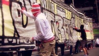 """Ultras Düsseldorf Choreo """"725 Jahre Düsseldorf"""" mit Live Graffiti (Fortuna - Bochum 25.08.2013)"""
