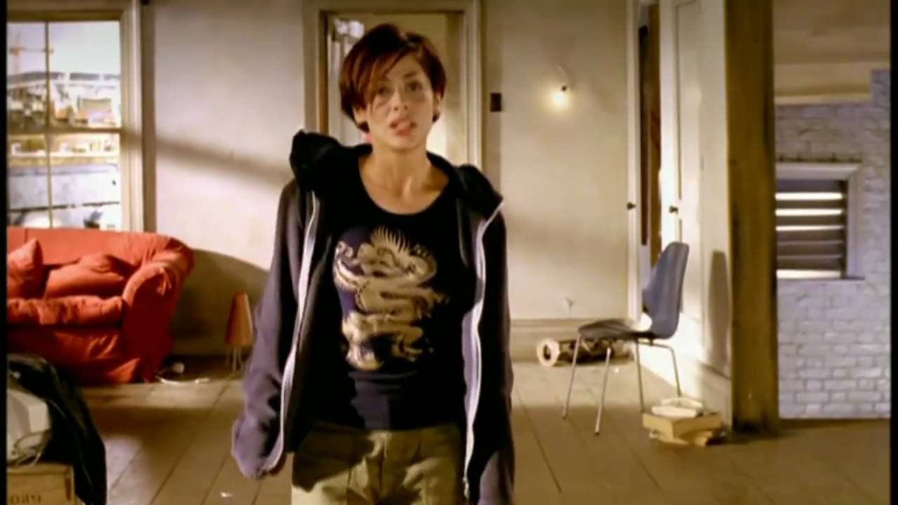 Natalie Imbruglia Torn Official Music Video 720p Hd