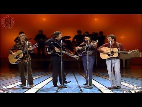 Johnny cash,Waylon Jennings, Kris Kristofferson, Larry Gatlin  I Walk The Line And Ring Of Fire