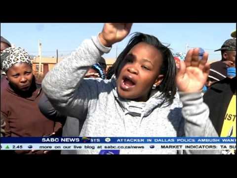 Download Hostel dwellers at Bekkersdal threaten to boycott elections